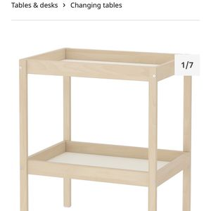 Used Ikea Table And A Diaper Pad for Sale in Miami, FL