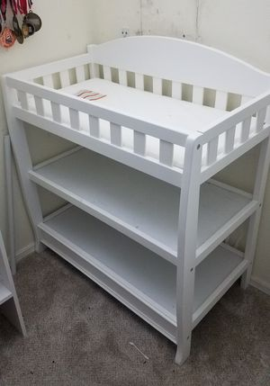 Diaper changer, Drawer and Bouncer for Sale in Orlando, FL