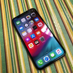 AT&T Cricket H2O Apple iPhone X for Sale in Lakewood, WA