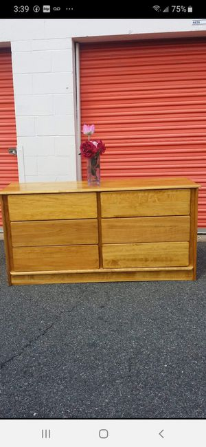 QUALITY SOLID WOOD LONG DRESSER 6 BIG DRAWERS DRAWERS SLIDING SMOOTHLY EXCELLENT CONDITION for Sale in Fairfax, VA