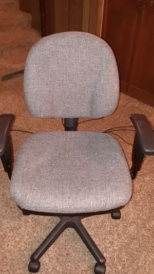 Home office desk chair for Sale in Colorado Springs, CO