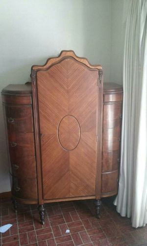 Antique Armoire for Sale in Inglewood, CA
