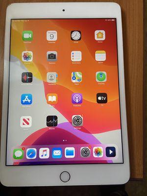 iPad mini 4 for Sale in Clarksville, TN