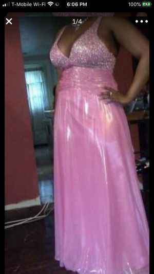 "Ladies size 16 ""ENTICE"" dress/gown for Sale in Malden, MA"