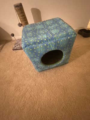 Small cat or dog house for Sale in St. Louis, MO