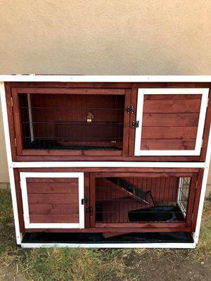 Rabbit hutch for Sale in Modesto, CA