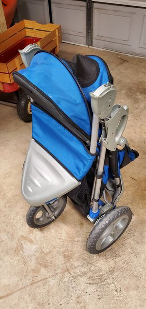 Pet Gear foldable Dog or Cat stroller for Sale in Houston, TX