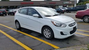 2014 Hyundai Accent Very Clean for Sale in Seattle, WA