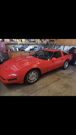 1995 Chevy corvette for Sale in Riverside, CA