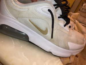 nike air max 200 size 10 for Sale in Columbus, OH
