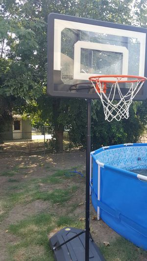 "basketball hoop 48"" for Sale in Fresno, CA"
