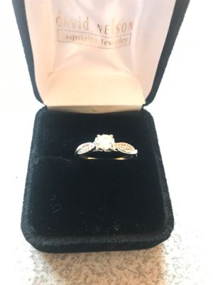 Women's engagement ring for Sale in Joliet, IL
