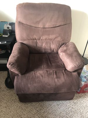 Recliner Chair for Sale in Winchester, MA