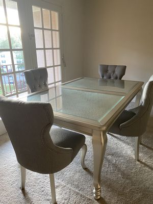 Silver Dinning room set / table and 4 chairs for Sale in Annandale, VA