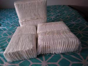 Diapers newborn for Sale in Bell, CA