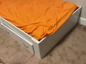 Twin Bed With Drawers for Sale in Franklinton,  NC