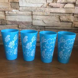 BLUE HAWAIIAN PLASTIC GLASSES SET OF 4 for Sale in Indianapolis,  IN