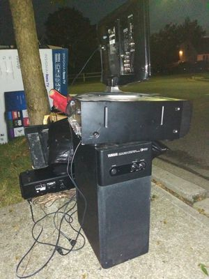 Free electronics for Sale in Hicksville, NY