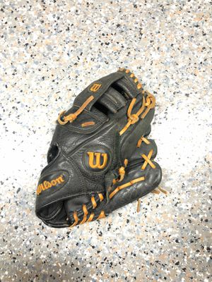 Wilson A500 youth baseball glove for Sale in San Juan Capistrano, CA