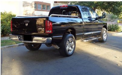 Very clean 2005 Dodge Ram AWDWheels.uiui for Sale in Fort Lauderdale,  FL