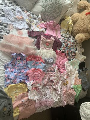 Size 0-3 months cutest baby girl clothes for Sale in Valley Center, CA