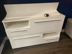 Modern TV stand for Sale in Hyattsville, MD