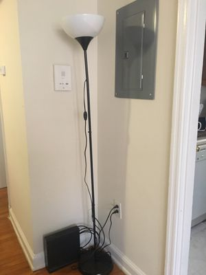 floor lamp for Sale in Silver Spring, MD
