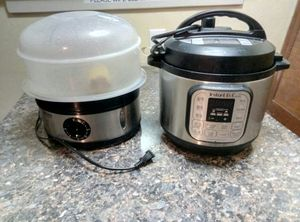 Instant Pot & Steamer. Barely used. for Sale in Seattle, WA