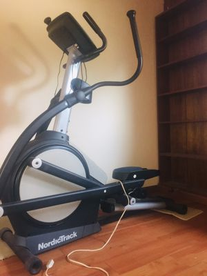 NordicTrack Elliptical for Sale in Lakeside, TX