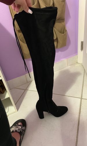 Thigh high boots size 7 for Sale in Hialeah, FL