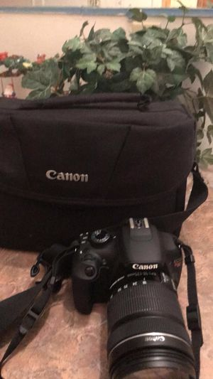 Canon EOS t3 rebel for Sale in Maple Valley, WA