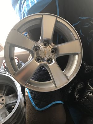 """17"""" rim for Chevy for Sale in Wilmington, NC"""