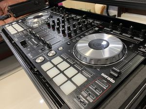 Pioneer DDJSX Controller with Case & Stand for Sale in Hialeah, FL