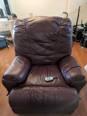 Leather / vinyl massage recliner for Sale in Clarksburg, MD