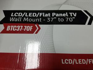 """Tv Wall mount 37"""" to 70"""" for Sale in Hialeah, FL"""