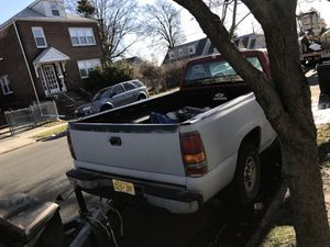 Chevy Silverado 2000 forsale for Sale in Linden, NJ