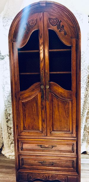 Charming Vintage Tall Cabinet💙 for Sale in Fort Lauderdale, FL
