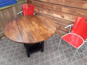Table and chairs for Sale in Austin, TX