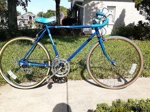 Road bike 10 speeds for Sale in Tarpon Springs, FL