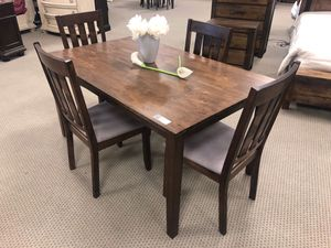 Brand new 4 chair dining table for Sale in Houston, TX