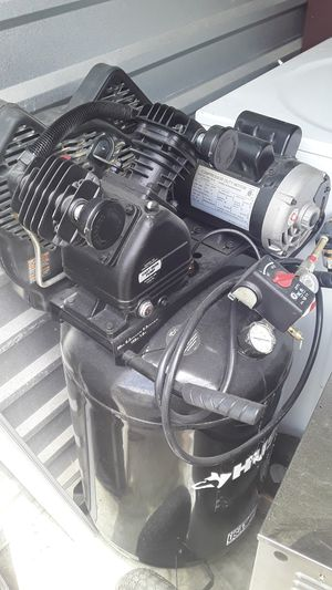 HUSKY COMPRESSOR for Sale in Lynn, MA