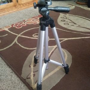 Adjustable Tripod Camera Or Phone Stand for Sale in Denver, CO