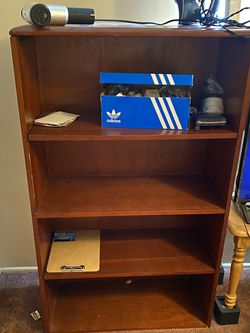 Book Shelf FREE for Sale in Long Beach,  CA