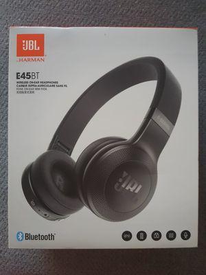 Wireless Headphones for Sale in Anaheim, CA