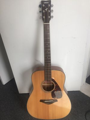 6-String Yamaha Guitar 700S for Sale in Boston, MA