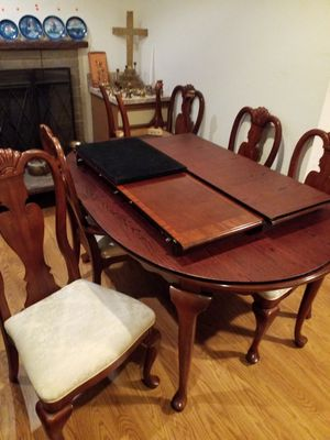 Cherry dining table 6 chairs for Sale in Tacoma, WA
