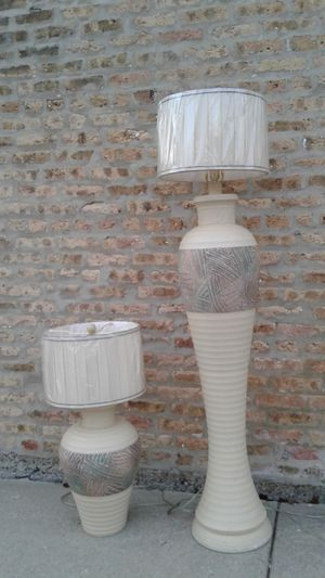 2PC CLASSY FLOOR LAMP very good condition for Sale in Zion, IL