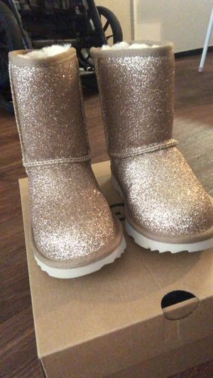 Girls ugg boots for Sale in San Diego, CA