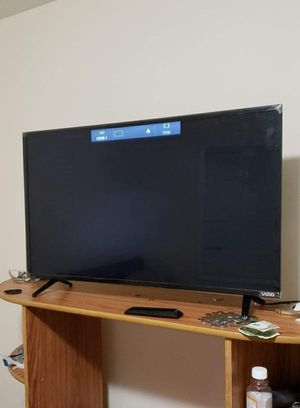 "40"" VIZIO SMART TV for Sale in Fort Washington, MD"