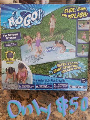 WATER SLIDE SPRAYING SPLASH MAT for Sale in Lathrop, CA